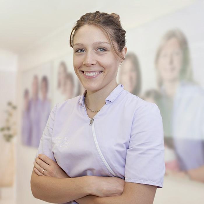 Dott.ssa Cinzia Comensoli | Igienista dentale | Equipe