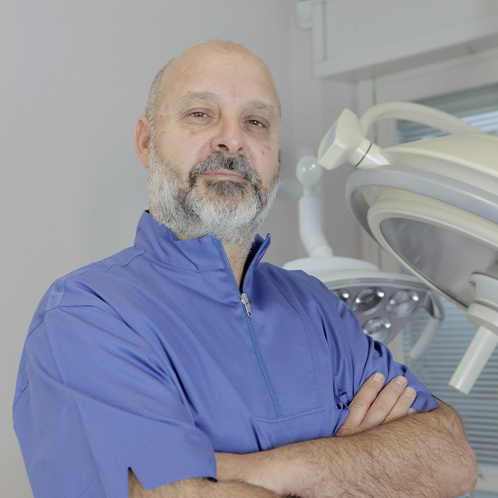 Dott. Fabio Branca | Laureato in Medicina e chirurgia | Equipe